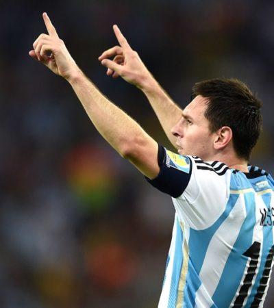 VIDEO: Messi le niega el saludo a un niño antes de salir a la cancha
