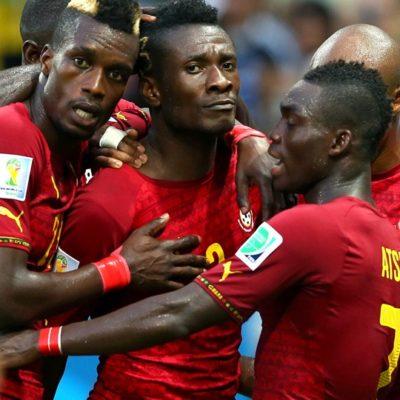 SE COMPLICAN LOS TEUTONES: Ghana empata 2-2 con Alemania, salvada de la derrota por histórico gol de Klose