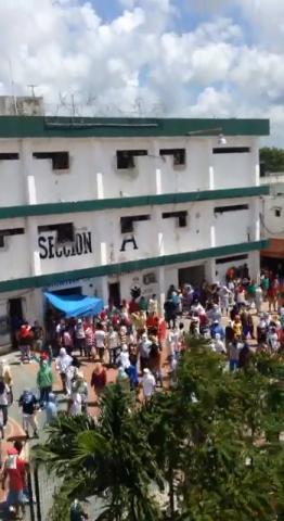 Una tienda de raya manejada por el Alcaide provocó el motín en la cárcel de Cancún