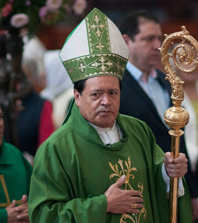 DESMONTAN EL ESTADO LAICO: Aprueban diputados que sacerdotes 'orienten' el voto en México