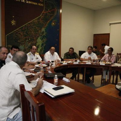 Se reúne Gobernador con cuerpos de seguridad de QR y el delegado del Cisen