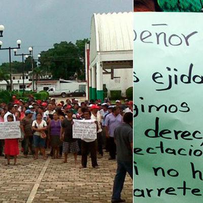 """""""SI NO HAY PAGO NO HAY CARRETERA"""": Bloquean ejidatarios vía que conecta a Chiquilá en reclamo de indemnizaciones"""