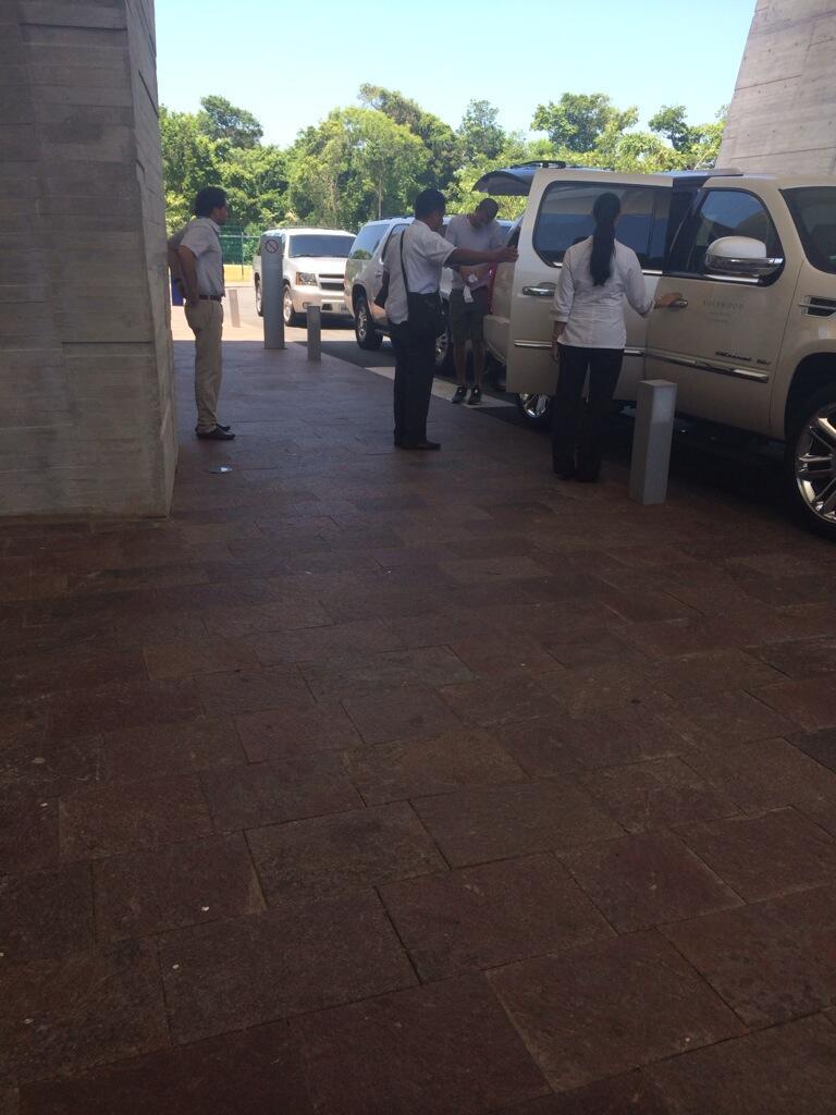 Llegan Shakira y Piqué a Cancún para vacacionar en la Riviera Maya