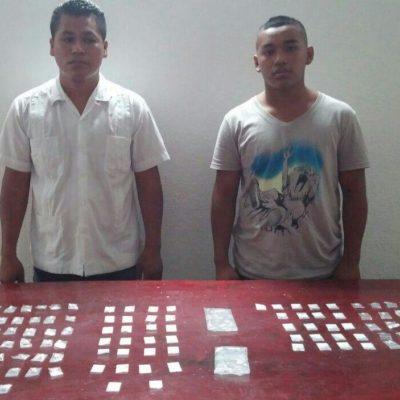 Detienen a par de hermanos con cocaína y 'crack' en la Región 219