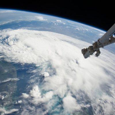 'Arthur' se fortalece en la costa este de EU y ya es huracán categoría 1; no hay peligro para México