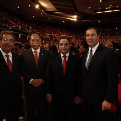 Borge, con Moreno Valle en el informe del Gobernador de Querétaro