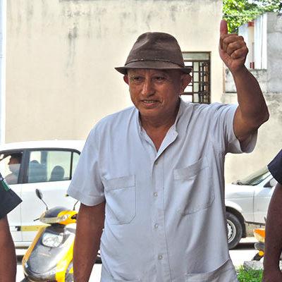 """Rompeolas: Tienen Fidel y Gaspar su """"chivo"""""""