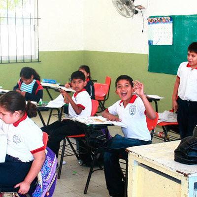CAMBIO DE HORARIO… ¡EN LA ESCUELA!: Tras decreto que manda a QR al meridiano 75, analizan atrasar entrada de clases
