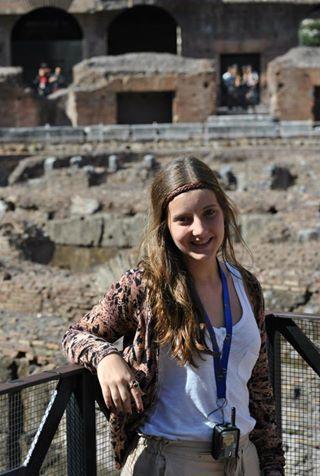 Ana Helena Acosta Neher, turista venezolana de 18 años de edad que cayó del séptimo piso del hotel Krystal.