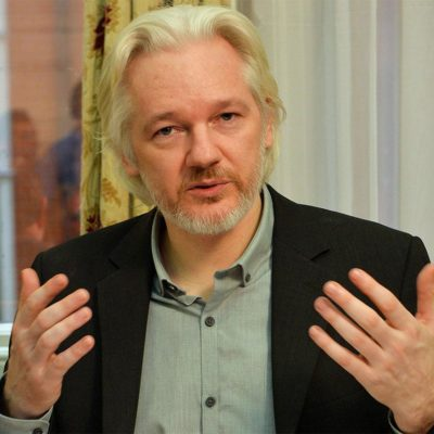 Anuncia Julian Assange, de WikiLeaks, que pronto dejaría embajada de Ecuador en Londres