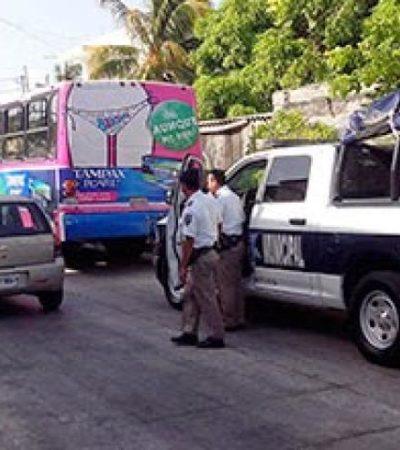 CAFRE VS CAFRE: Por tratar de ganarse el paso, patrulla choca contra camión de Autocar en Cancún