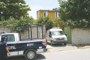 Hallan a septuagenario extranjero muerto en su vivienda en Playa del Carmen