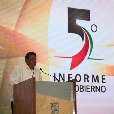 Con impresionante seguridad, rinde Gobernador de Campeche su V Informe e inicia la carrera por la sucesión