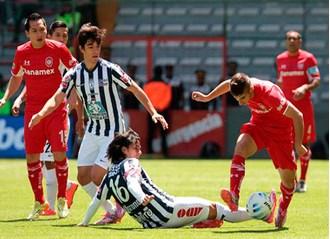 Golea Toluca 3-0 al Pachuca con doblete del paraguayo Pablo Vázquez