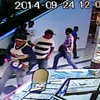 ATRACO EN MENOS DE UN MINUTO: Revelan imágenes de cámaras de seguridad del robo a joyería de la Gran Plaza en Cancún