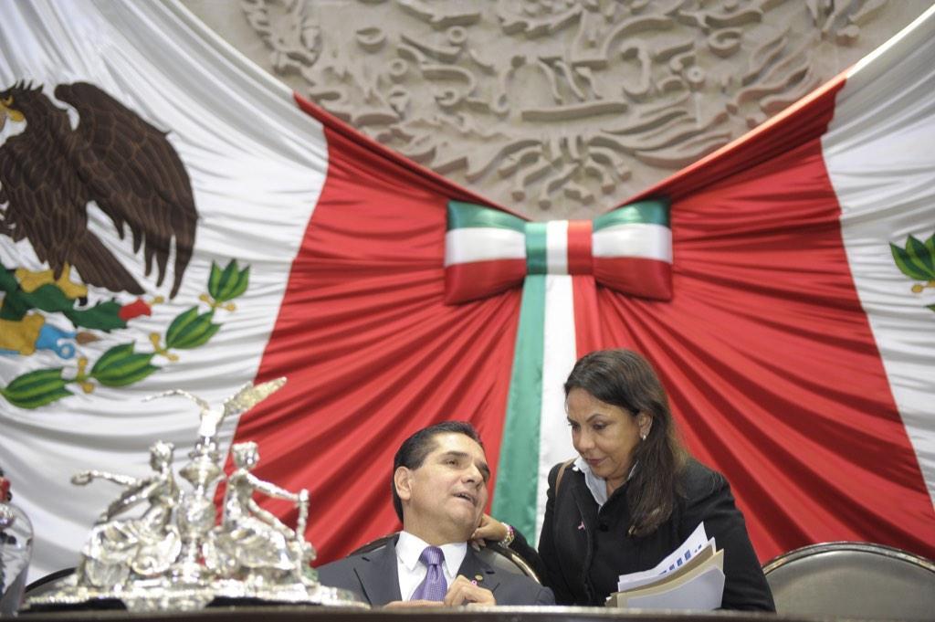 """""""SE CREE DUEÑO Y AMO DE QR Y ESTÁ EQUIVOCADO"""": Denuncian diputadas """"infamias"""" del Gobernador Borge y piden intervención de Segob"""