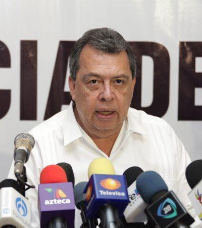 CAE ÁNGEL AGUIRRE EN GUERRERO: Oficializan solicitud de licencia del Gobernador tras escándalos por fosas y desaparecidos de Ayotzinapa
