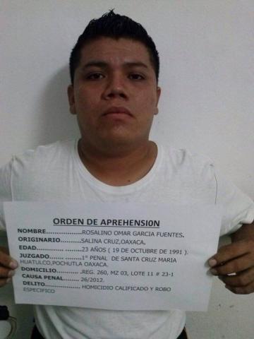 Capturan en Cancún a sicario de 'Los Zetas' buscado en Oaxaca; trabajaba como agente de seguridad en el aeropuerto