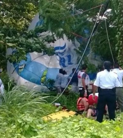 PÁNICO EN EL AIRE: Revienta cuerda de paracaídas con turistas texanos en zona hotelera de Cancún; sobreviven