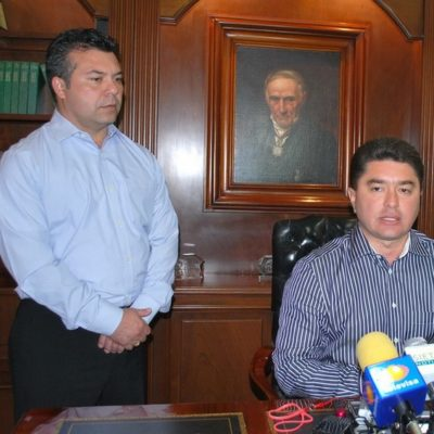 Rompeolas: Le meten Mauricio y Félix también al PRD