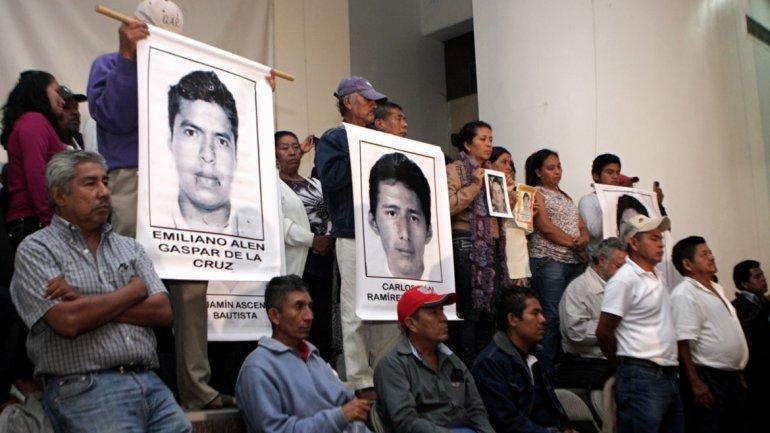 ASESINADOS Y CALCINADOS: Toda la evidencia apunta a que normalistas fueron ejecutados y quemados en un basurero de Cocula, revela PGR; Abarca dio la orden, dice Murillo Karam