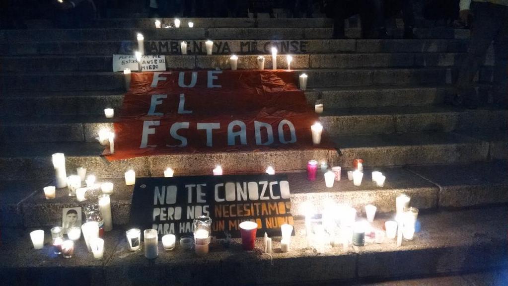 VELANDO LA INDIGNACIÓN DE TODO MÉXICO: El #YaMeCansé de Murillo Karam enerva en noche de rabia y luto por Ayotzinapa; marchan hasta la PGR