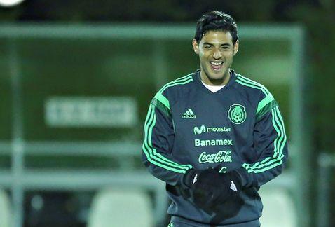 SE RECONCILIA VELA CON EL TRI: El cancunense participa en el entrenamiento de la Selección después de más de mil días de ausencia