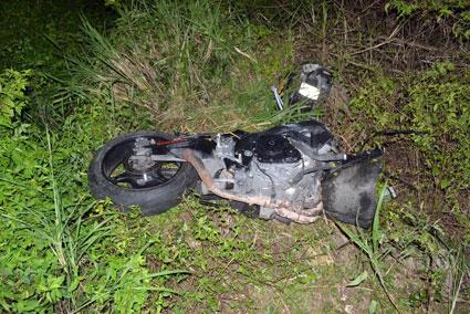 Muere empleado del DIF en FCP al estrellarse en motocicleta cerca de Chunhuhub