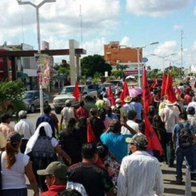 Amagan ejidatarios de Bacalar con tomar instalaciones de la SCT en reclamo de indemnizaciones