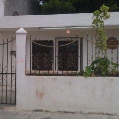 Balean casa en la SM 65 propiedad de presidente de la Asociación de Guerrerenses en Cancún