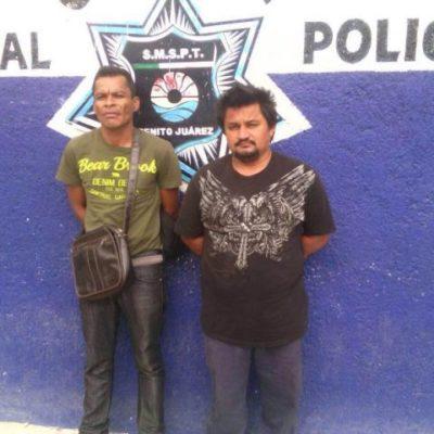 Detienen a 2 que se hacían pasar por judiciales para robar en Cancún