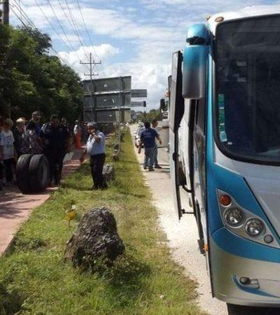 SUSTO DE TURISTAS EN LA RIVIERA MAYA: Camión en el que viajaban perdió dos llantas y a punto estuvo de ocurrir una tragedia
