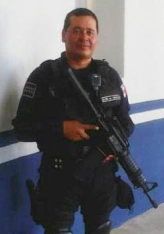 LO BUSCAN DESDE HACE UNA SEMANA: Reportan extraña desaparición de escolta de jefe policiaco en Playa del Carmen