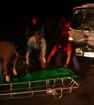 Pierde la vida campesino al ser arrollado por camión de Jumex en carretera de FCP; el conductor huyó