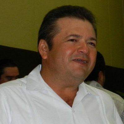 Rompeolas: Formaliza PRD invitación a Ruiz Morcillo