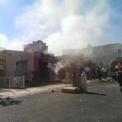 EXPLOSIÓN E INCENDIO EN PLAYA: Alarma en Misión del Carmen por almacenamiento clandestino de tanques de gas; un muerto y un herido