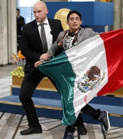 Niega Noruega asilo político a Adán Cortés, el estudiante mexicano de la bandera en la entrega de Premio Nobel