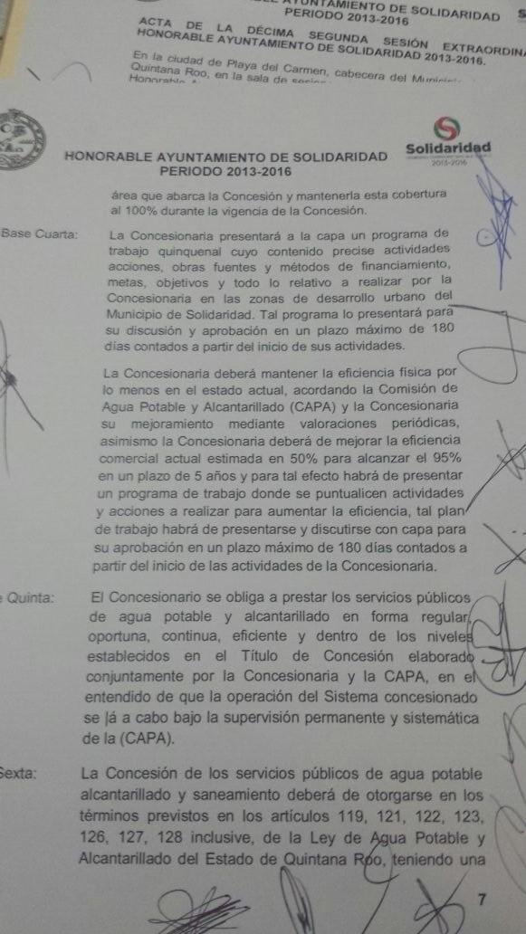 Acta del Cabildo de Solidaridad, firmada por todos los regidores, donde se entrega la concesión del servicio de agua potable a la empresa Aguakán.