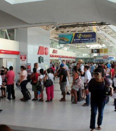 INTENSO FLUJO DE TURISTAS: Por tierra y aire, miles llegan a Cancún para vacaciones de fin de año