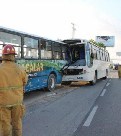 Choque de autobuses en Cancún deja 11 lesionados