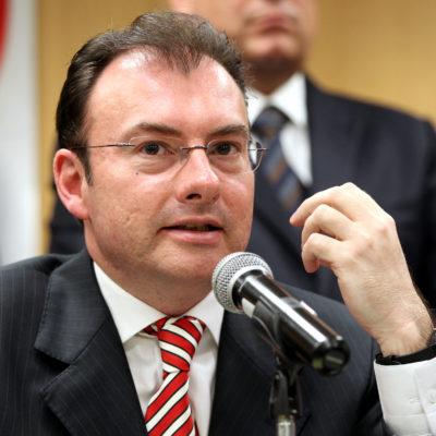 VIDEGARAY, OTRO QUE SE EMBARCÓ CON HIGA: Secretario de Hacienda también le compró 'casita' al constructor favorito de Peña, revela WSJ