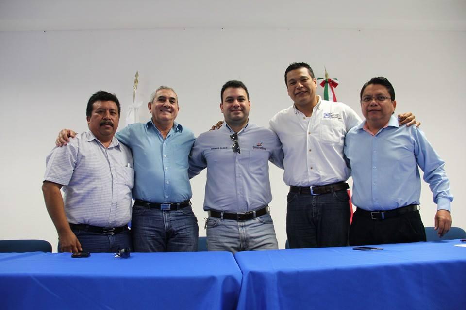 Presenta PAN a precandidatos a diputaciones federales en QR; en el D-02 un empresario es 'candidato de unidad'