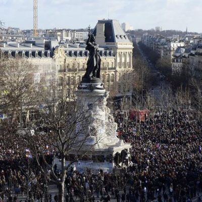 HISTÓRICA MARCHA CONTRA EL TERROR: Con un millón de personas, París repudia ataques a 'Charlie Hebdo'; participan 50 líderes mundiales