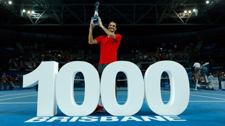 ES FEDERER MILENARIO: A sus 33 años, el tenista suizo sorprende y logra su victoria mil y conquista su título 83