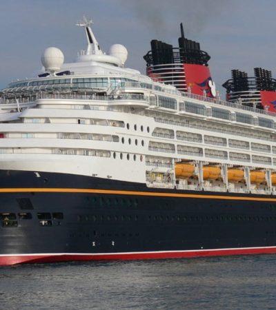 SUERTE INSÓLITA EN ALTAMAR: Cuando navegaba rumbo a Cozumel, cae turista de  un crucero y es rescatado por otro