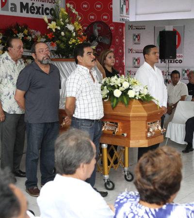 Rinde PRI homenaje en Chetumal al fallecido Roberto Coral García