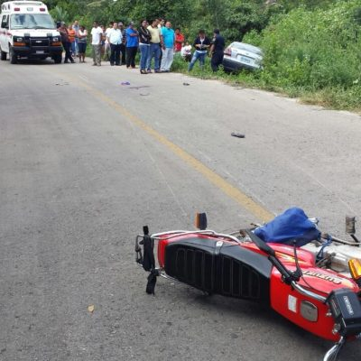 ACCIDENTE EN LA ZONA MAYA: Muere motociclista al derrapar en la carretera Petcacab-Chan Santa Cruz
