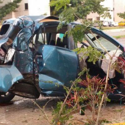NO VIO EL TOPE: Definirán situación de joven que provocó accidente y muerte de una compañera en la Bonampak