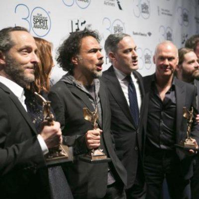 TRIUNFA 'BIRDMAN' EN LOS SPIRIT: En la víspera de la entrega de los Oscar, Iñárritu, Lubezky y Michael Keaton alzan el vuelo del cine independiente