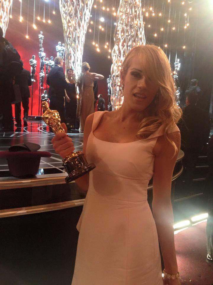 OSCAR CON DEDICATORIA: Roba cámara Ginna, la novia travesti de uno de los co-guionistas de la ganadora 'Birdman' de Iñárritu